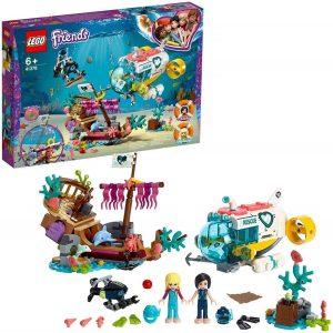 Lego robot con dos mini personajes